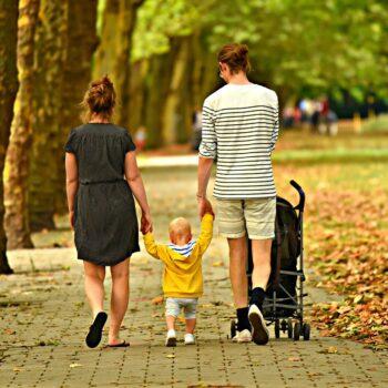 Czy bezpieczeństwo może iść w parze z niską ceną Ważne rozważania na temat zakupu wózka dziecięcego
